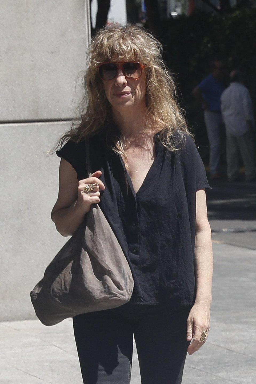 Nathalie Seseña acude al tanatorio por la muerte de Eduardo Gómez