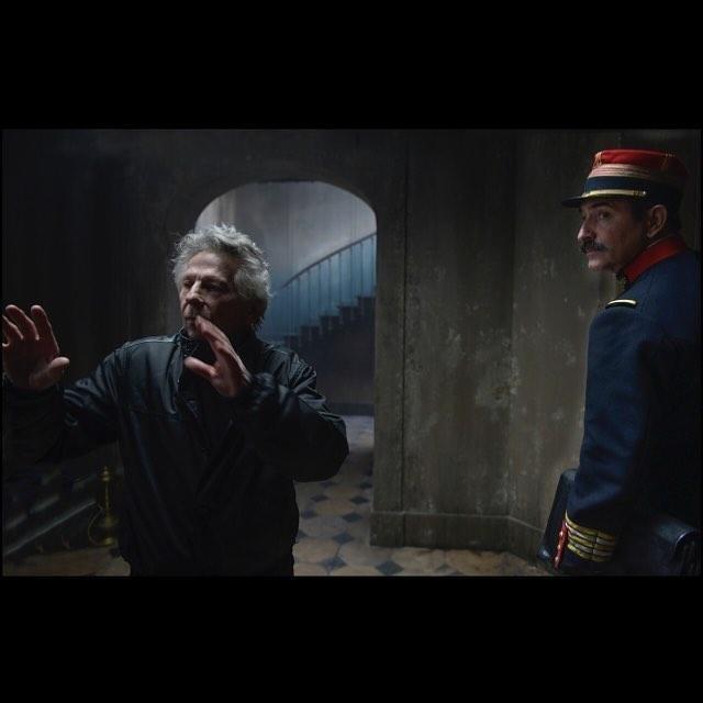 El oficial y el espía, fotograma 1 de 15