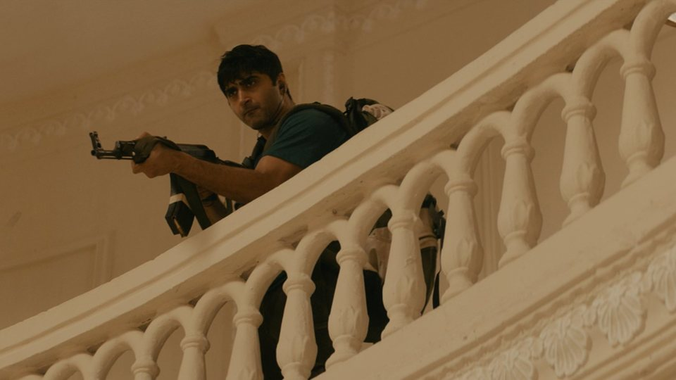Hotel Bombay, fotograma 11 de 13