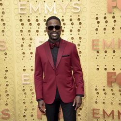 Sterling K. Brown en la alfombra roja de los premios Emmy 2019