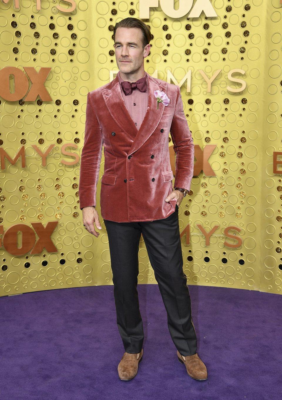 James Van Der Beek en la alfombra roja de los premios Emmy 2019
