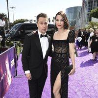 Sam Rockwell y Leslie Bibb en la alfombra roja de los Emmy 2019
