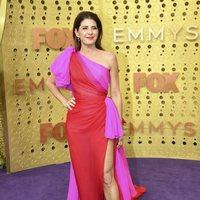 Marisa Tomei en la alfombra roja de los Emmy 2019