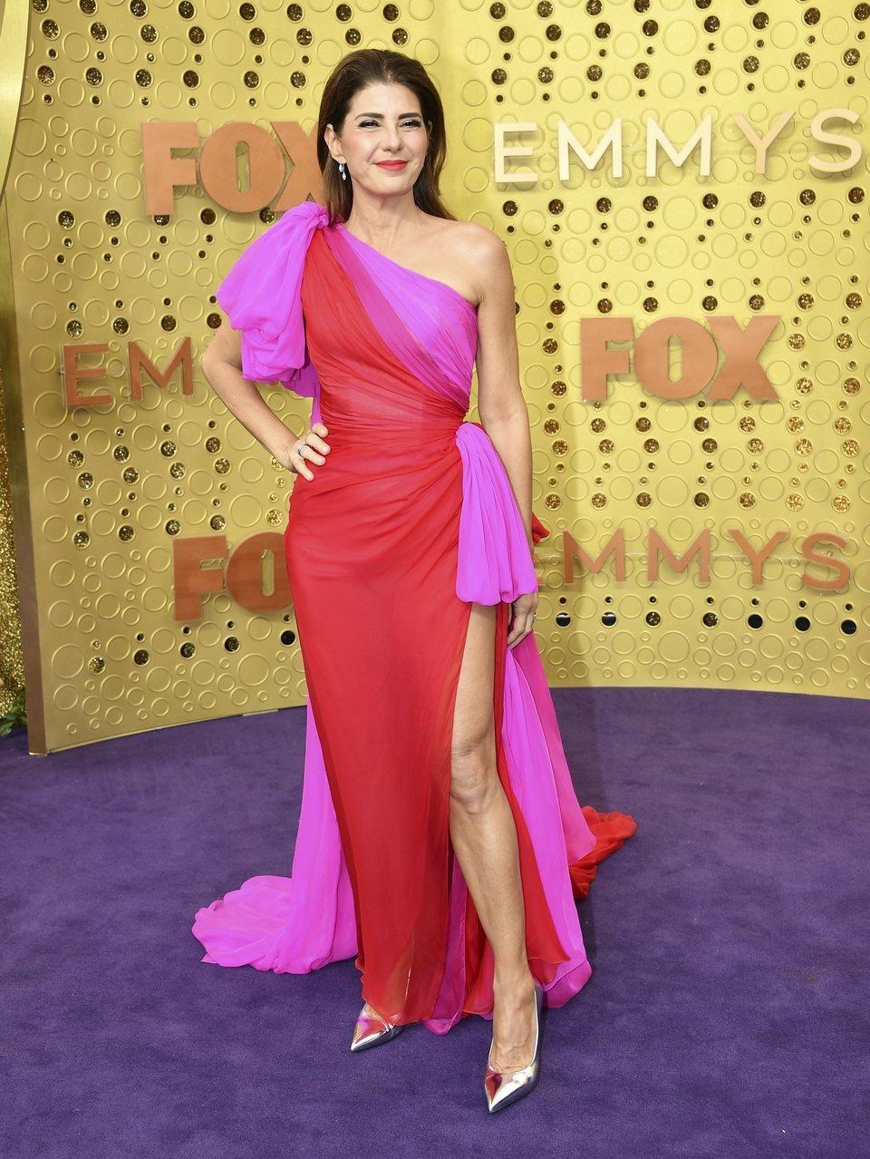 Marisa Tomei en la alfombra roja de los Emmy 2019 ...
