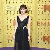 Maisie Williams en la alfombra roja de los Emmy 2019