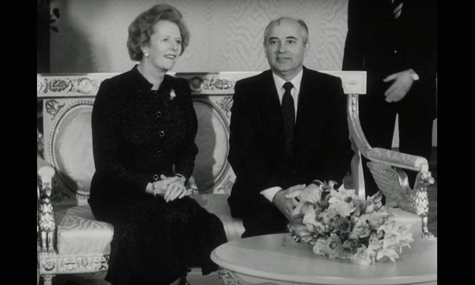 Meeting Gorbachev, fotograma 3 de 5