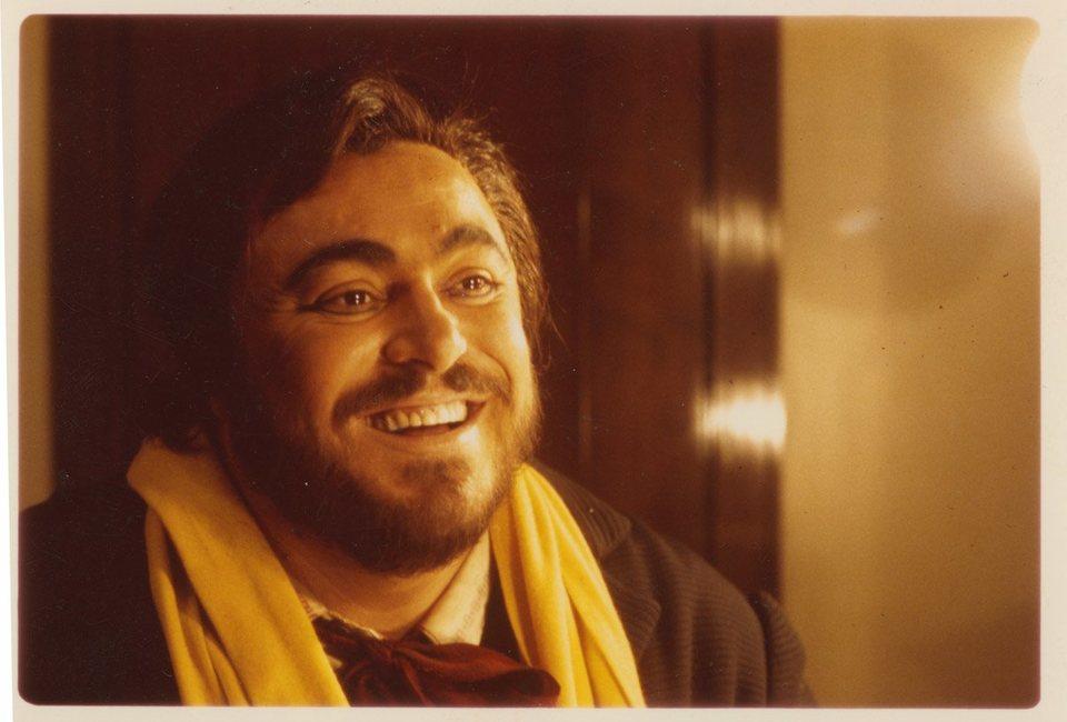 Pavarotti, fotograma 9 de 10