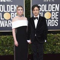 Greta Gerwig y Noah Baumbach en la alfombra roja de los Globos de Oro 2020