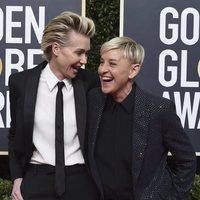 Ellen DeGeneres y Portia de Rossi en la alfombra roja de los Globos de Oro 2020