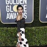 Zoë Kravitz posa en la alfombra roja de los Globos de Oro 2020