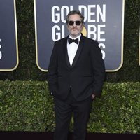 Joaquin Phoenix en la alfombra roja de los Globos de Oro 2020