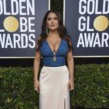 Salma Hayek posa en la alfombra roja de los Globos de Oro 2020
