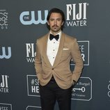 Milo Ventimiglia en la alfombra de los Critics' Choice Awards 2020