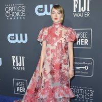 Saoirse Ronan en la alfombra roja de los Critics' Choice Awards 2020