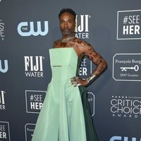 Billy Porter en la alfombra de los Critics' Choice Awards 2020