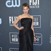 Renée Zellweger en la alfombra de los Critics' Choice Awards 2020