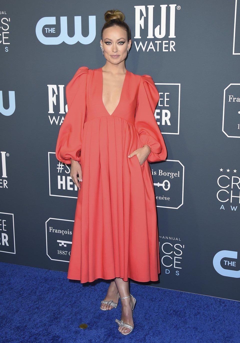 Olivia Wilde en la alfombra de los Critics' Choice Awards 2020