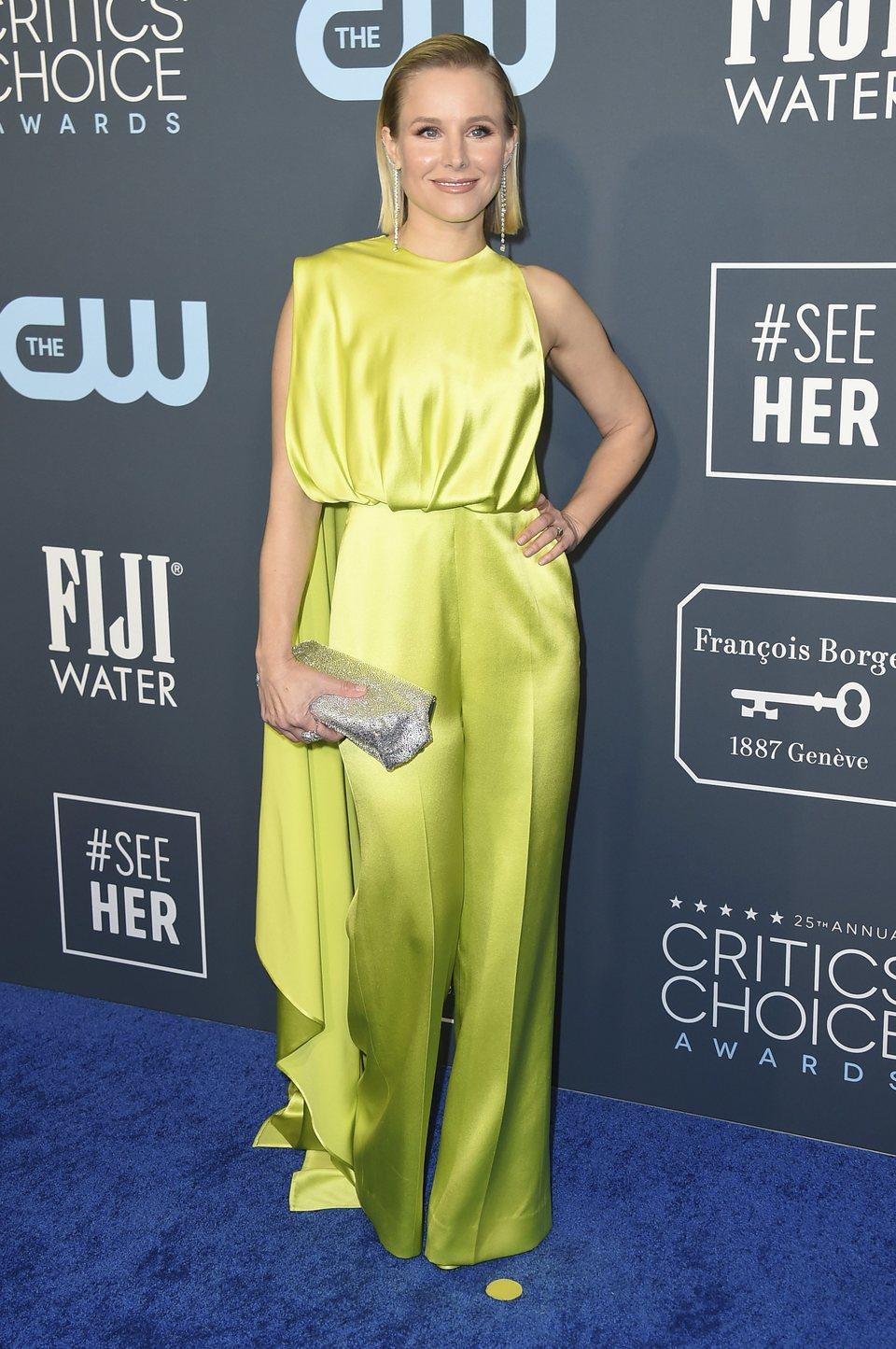 Kristen Bell en la alfombra de los Critics' Choice Awards 2020