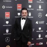 Enrique Arce en la alfombra roja de los Premios Feroz 2020