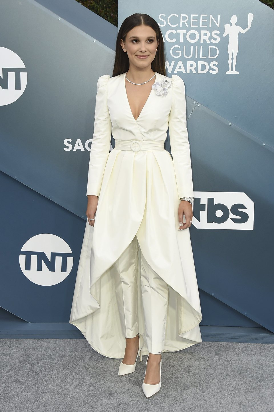 Millie Bobby Brown en la alfombra roja de los SAG Awards 2020