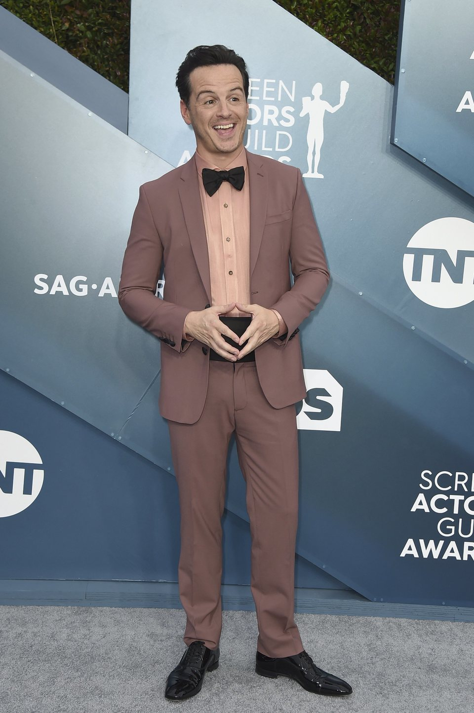Andrew Scott en la alfombra roja de los SAG Awards 2020