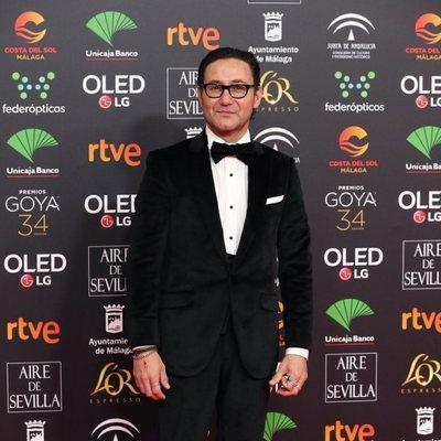 Carlos Santos en la alfombra roja de los Premios Goya 2020