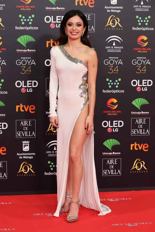 Anna Castillo en la alfombra roja de los Premios Goya 2020