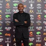 Emilio Buale en la alfombra roja de los Premios Goya 2020
