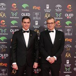 Pedro Sánchez y Mariano Barroso en la alfombra roja de los Premios Goya 2020