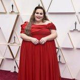 Chrissy Metz en la alfombra roja de los Oscar 2020