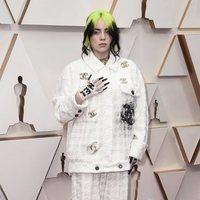 Billie Eilish en la alfombra roja de los Oscar 2020