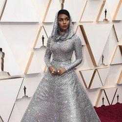 Janelle Monae en la alfombra roja de los Oscar 2020
