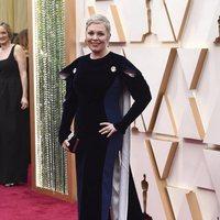 Olivia Colman en la alfombra roja de los Oscar 2020