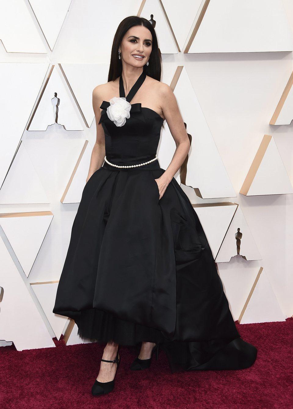 Penélope Cruz en la alfombra roja de los Oscar 2020