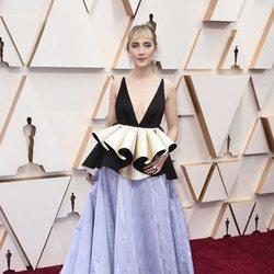 Saoirse Ronan en la alfombra roja de los Oscar 2020