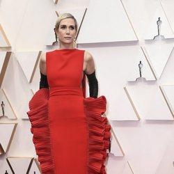 Kristen Wiig en la alfombra roja de los Oscar 2020