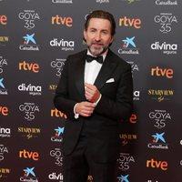 Antonio de la Torre en la alfombra roja de la 35 edición de los Premios Goya
