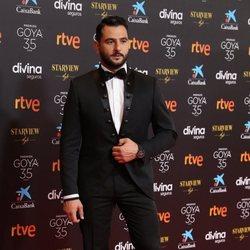 Antonio Velázquez en la alfombra roja de la 35 edición de los Premios Goya