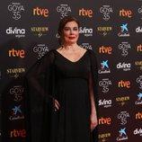 Chus Gutiérrez en la alfombra roja de la 35 edición de los Premios Goya