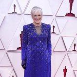 Glenn Close en la alfombra roja de los Oscar 2021