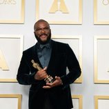 Tyler Perry recibe el premio honorífico Gene Hersholt Humanitarian Award en los Oscar 2021