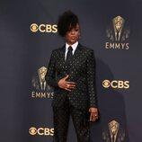Samira Wiley en la alfombra roja de los Emmy 2021