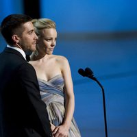 Jake Gyllenhaal y Rachel McAdams durante la gala