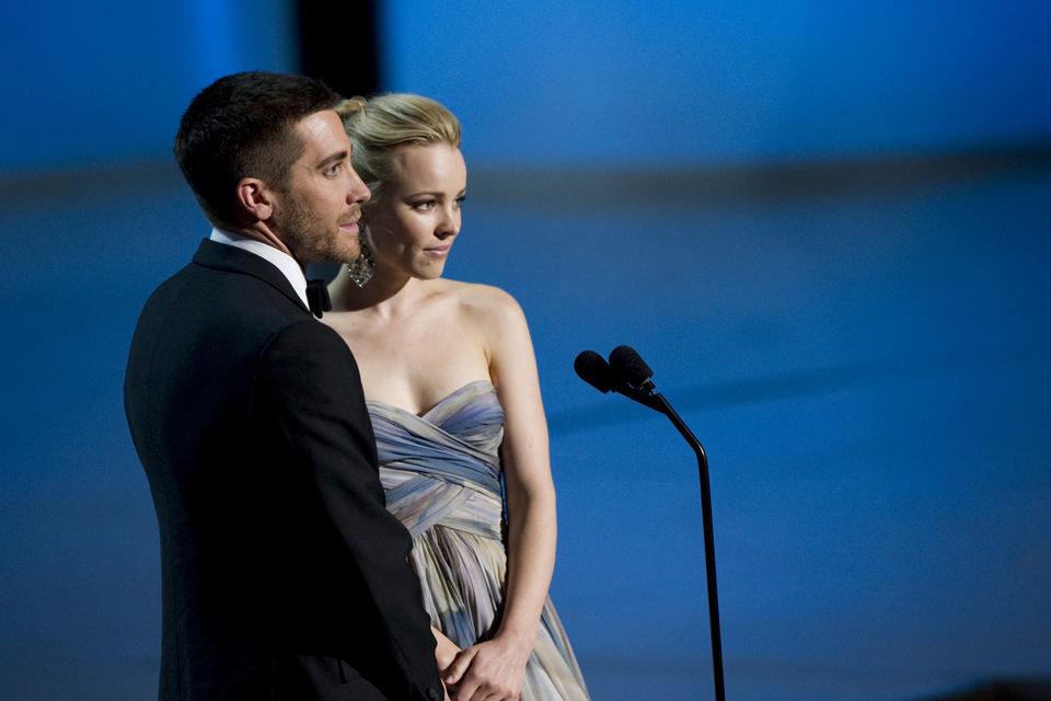 Jake Gyllenhaal y Rachel McAdams durante la gala