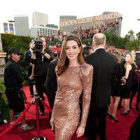 Anne Hathaway en los Globos de Oro 2011