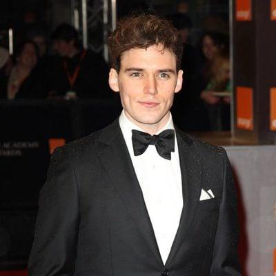 Sam Claflin llega a los BAFTA 2011