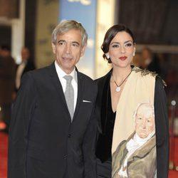 Imanol Arias e Irene Meritxell en los Goya 2011