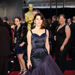 Marisa Tomei posa en la alfombra roja de los Oscar 2011