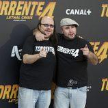 Kiko Rivera y Santiago Segura en la rueda de prensa de 'Torrente 4'