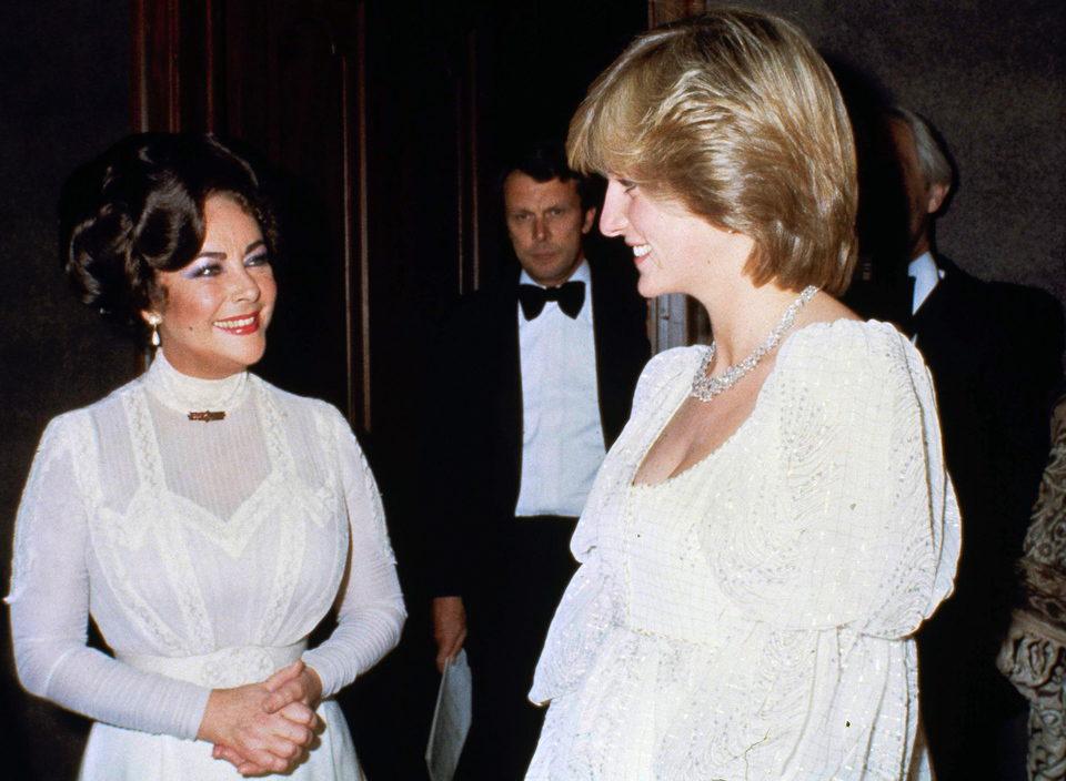 Elizabeth Taylor con Diana de Gales